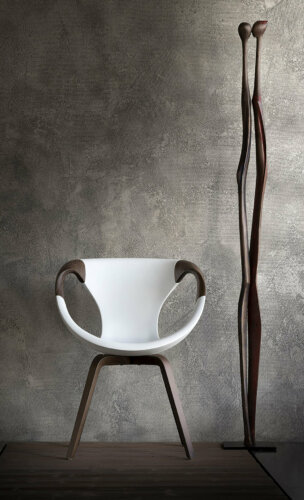 UP chair mit wooden arms – Eleganz in Perfektion