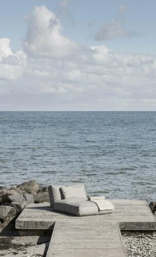 Ein Platz am Meer – Bett STAY & Badetuch RIVA